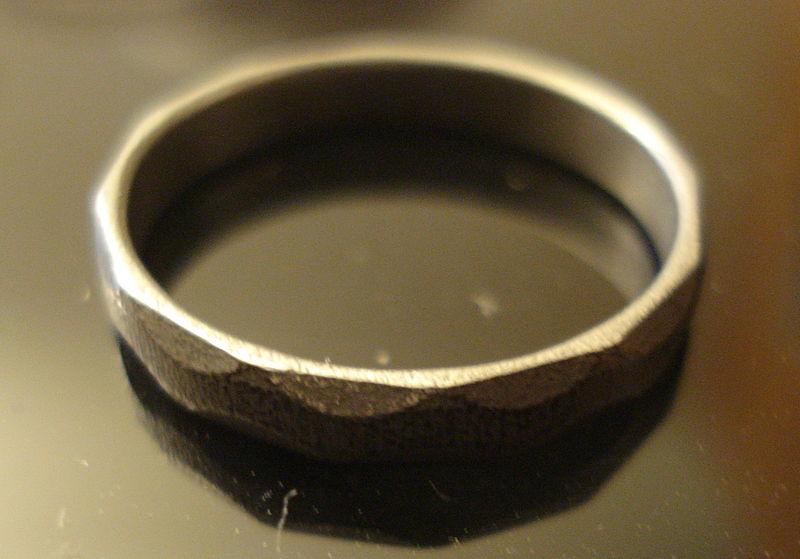 anillo hierro ingenieros canadienses
