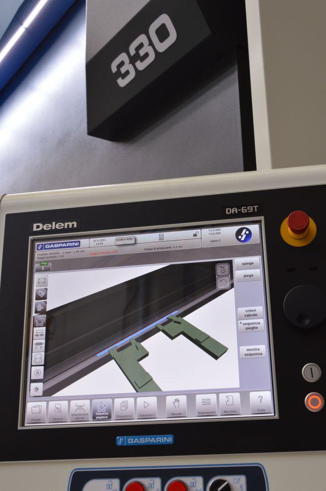 cnc delem da-69t 3d pressa piegatrice idraulica