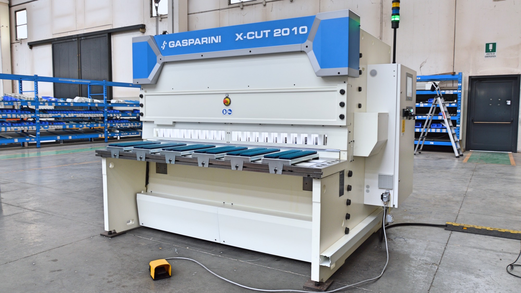high accuracy high strength steel guillotine shear