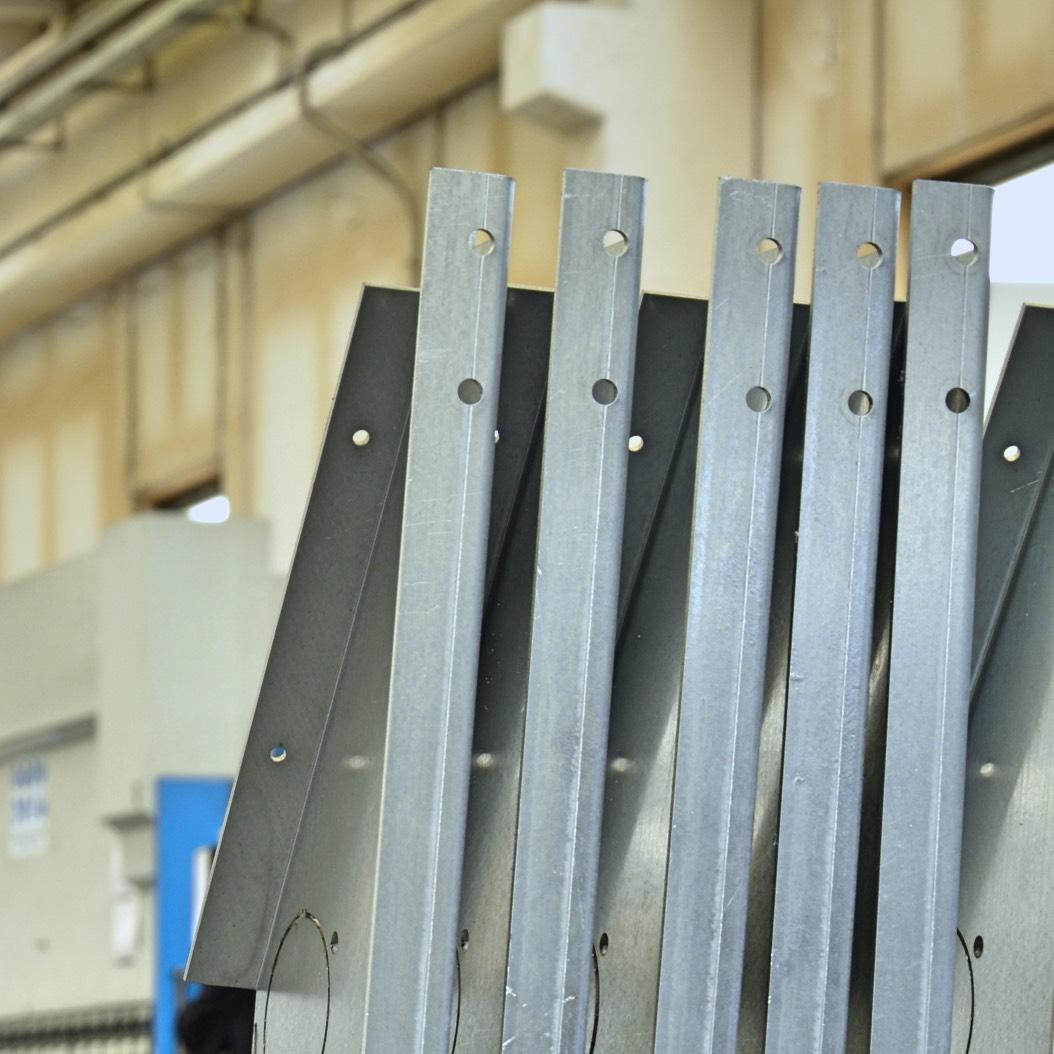 holes threads near bending line sheet metal