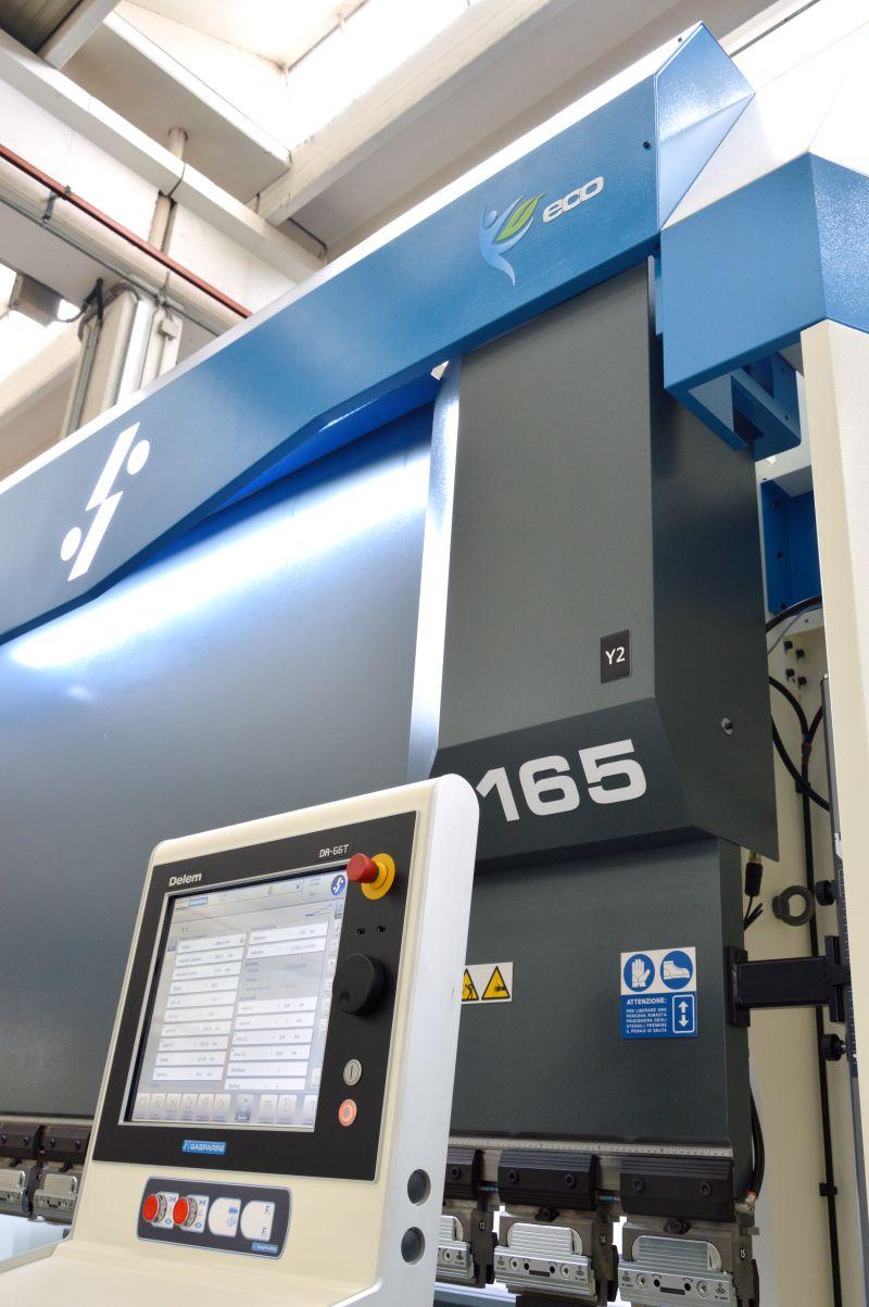 hydraulic pressbrake delem cnc energy efficient