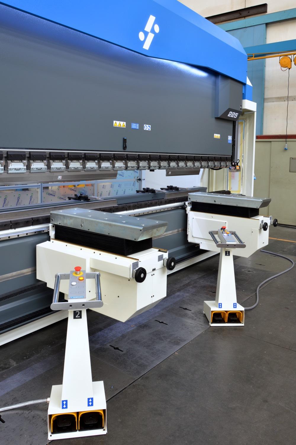 large press brake sheet lifters twin pedalboard
