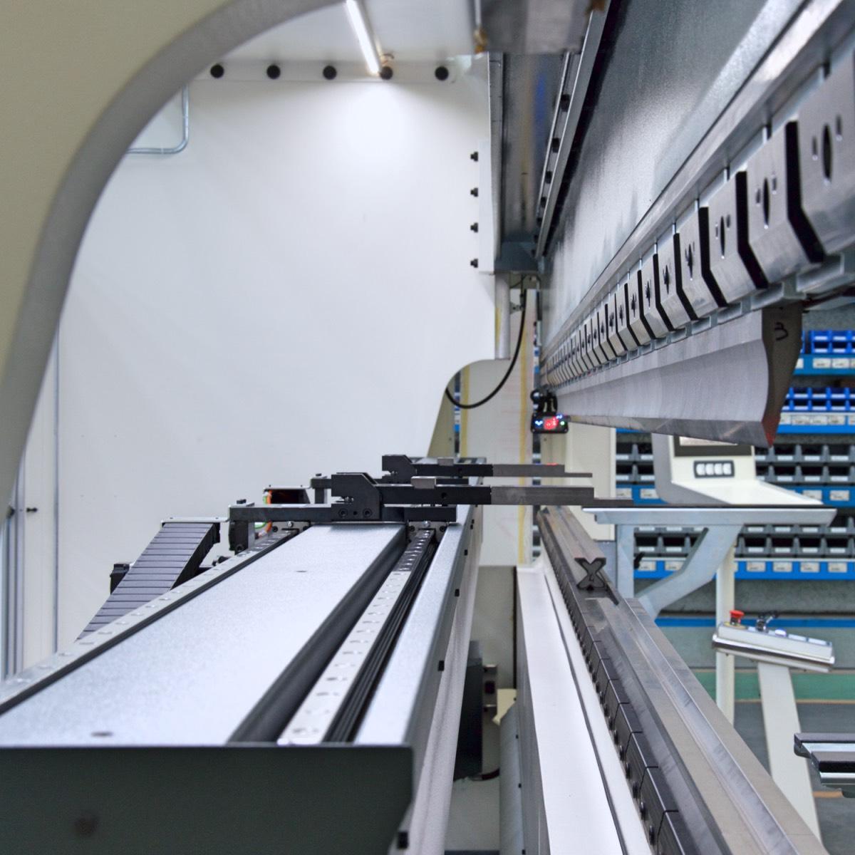 prensa plegadora grandes dimensiones tope trasero