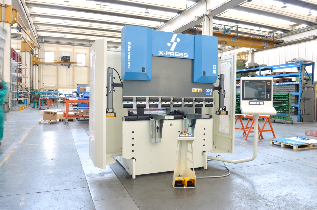 Press brake for electrical cabinets | Gasparini Industries