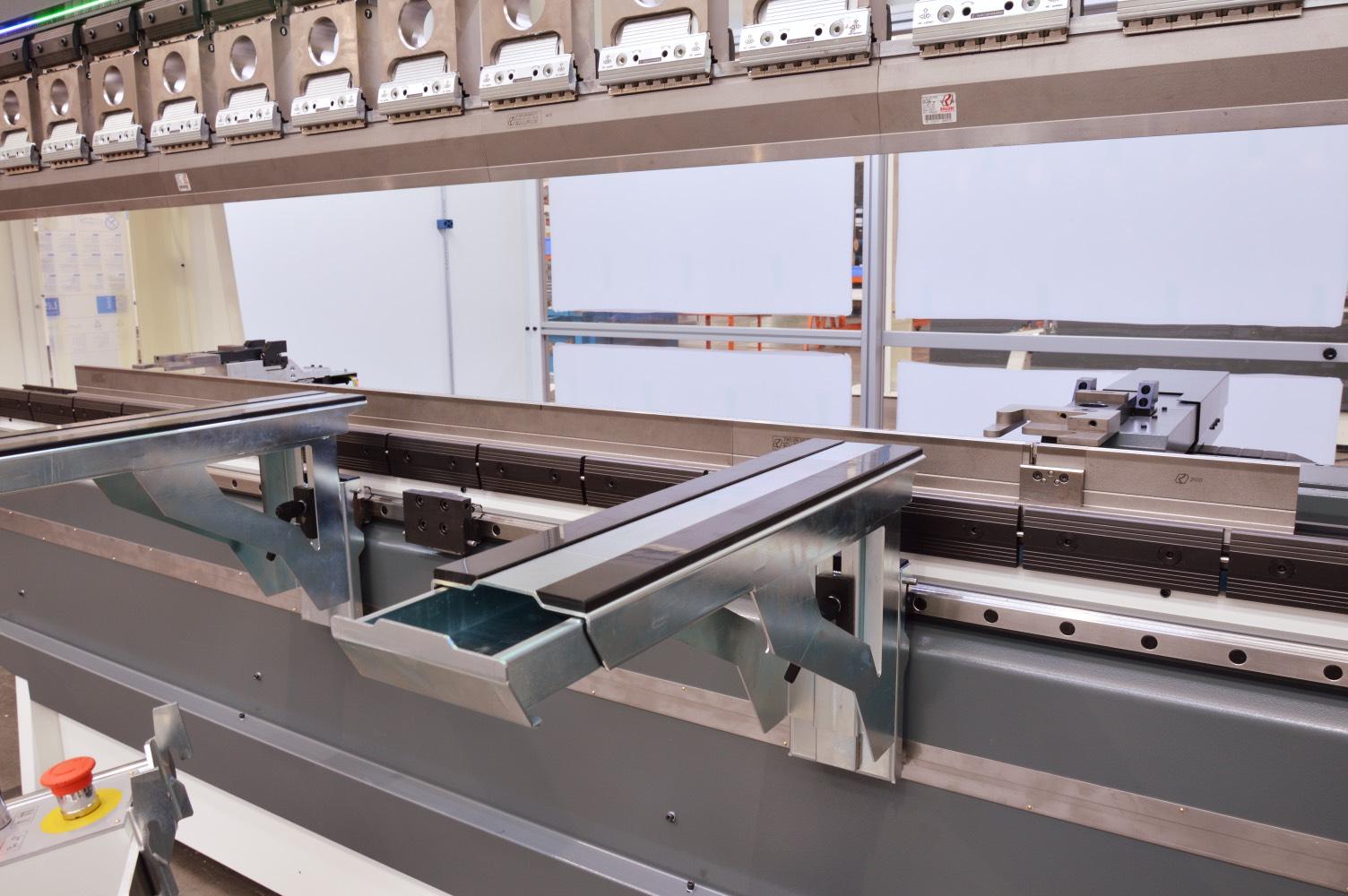 press brake for sheet metal laser cutting