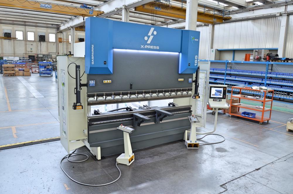 press brake for sheetmetal subcontractor