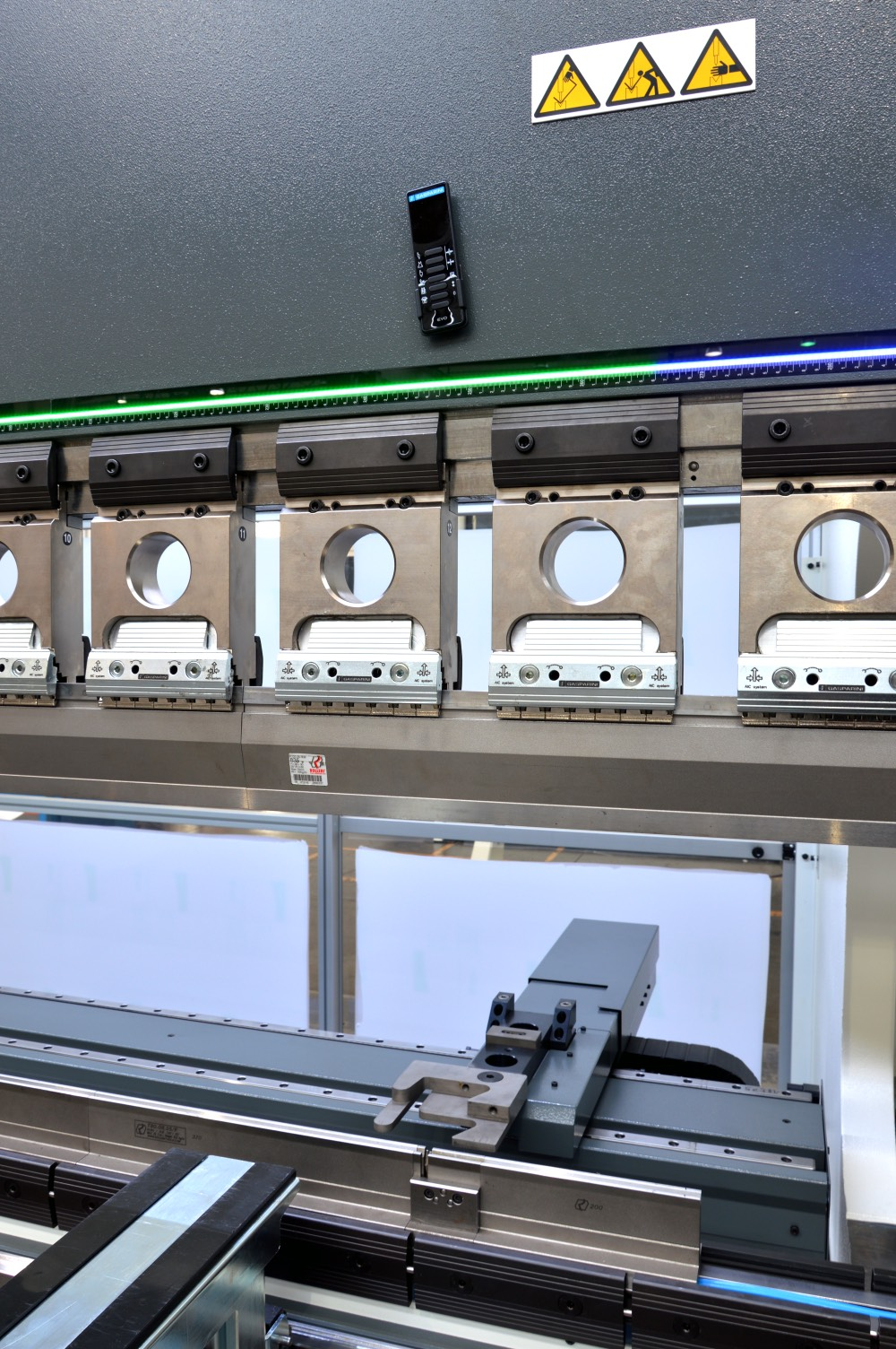 press brake sheet metal backgauge
