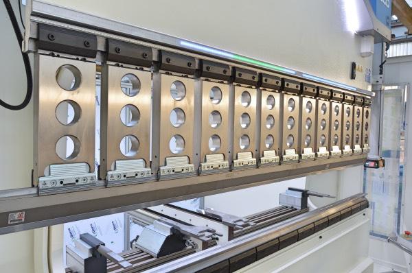 pressa piegatrice luce aumentata drive bar