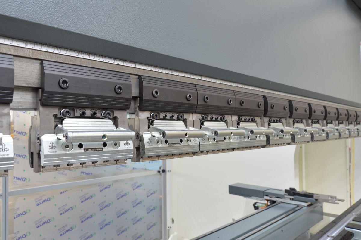 quick lever clamping promecam press brake