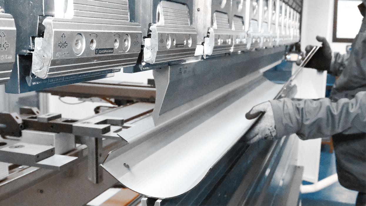 sheet metal bending belia