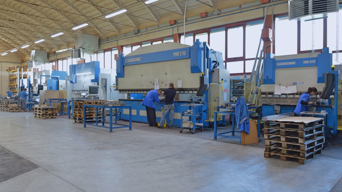 sheet metal subcontractor press brakes tecome