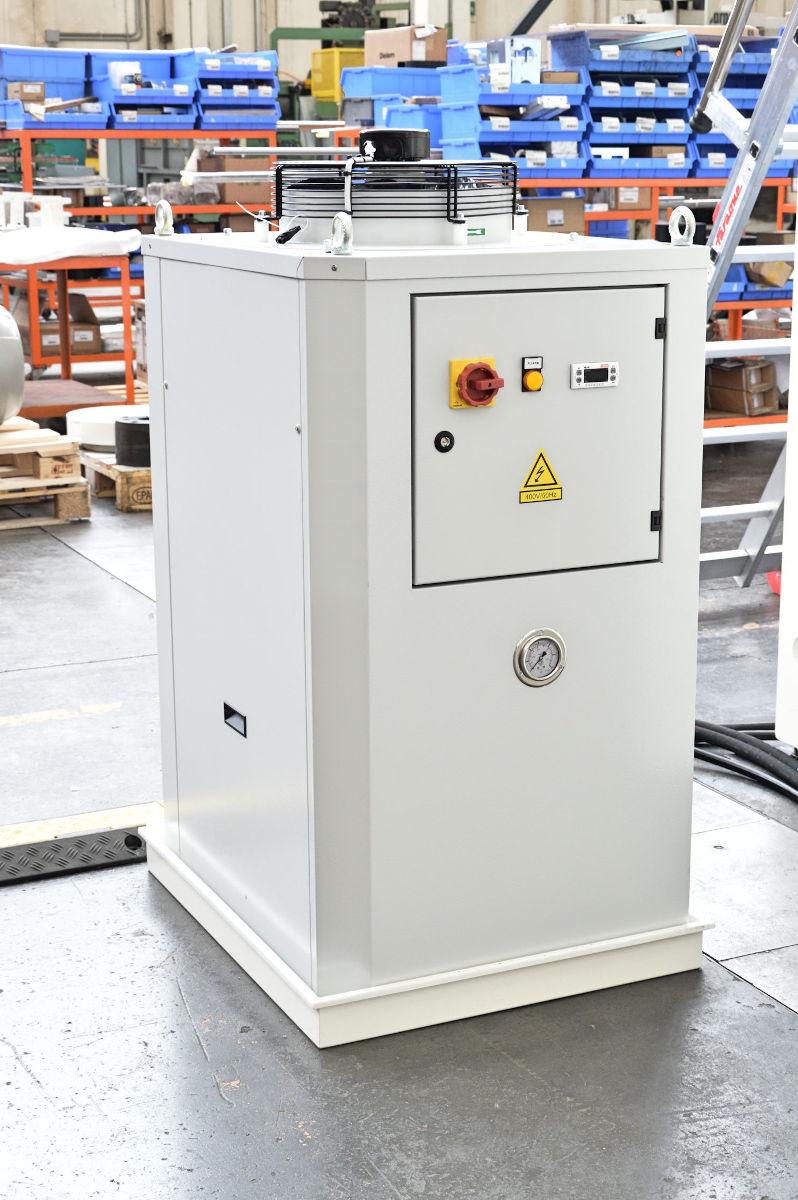 sistema raffreddamento olio impianto idraulico pressa piegatrice