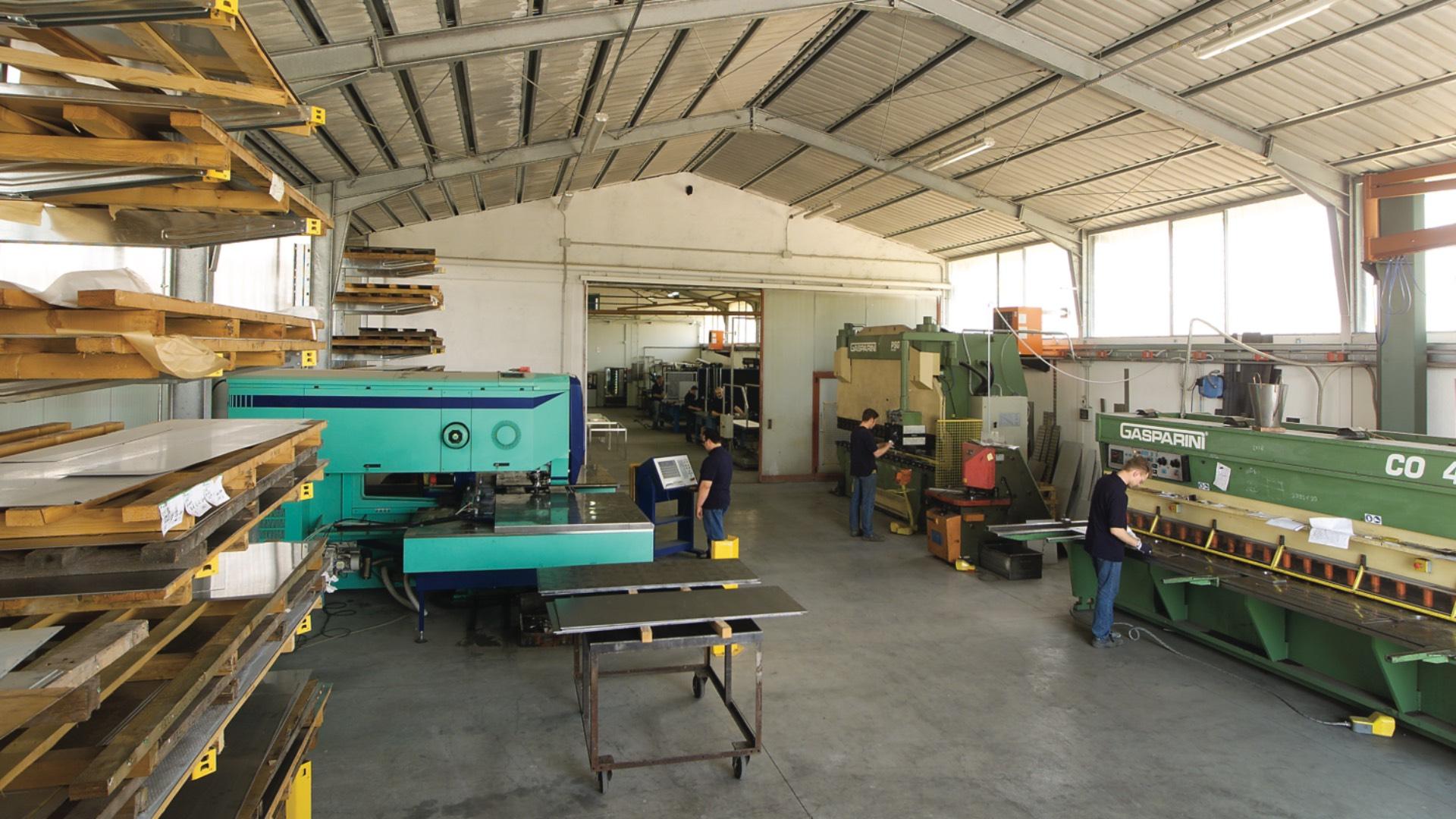 terzista lavorazione lamiera acciaio